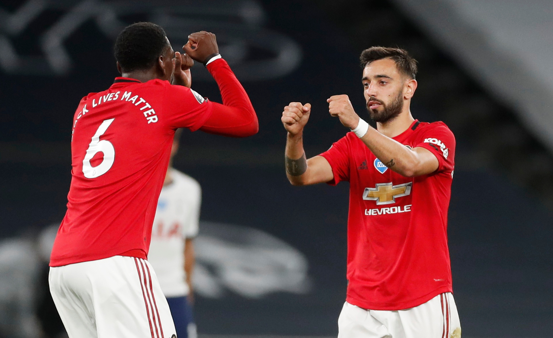 Who Should Manchester United Sign to Help Paul Pogba and Bruno Fernandes? –  Breaking The Lines